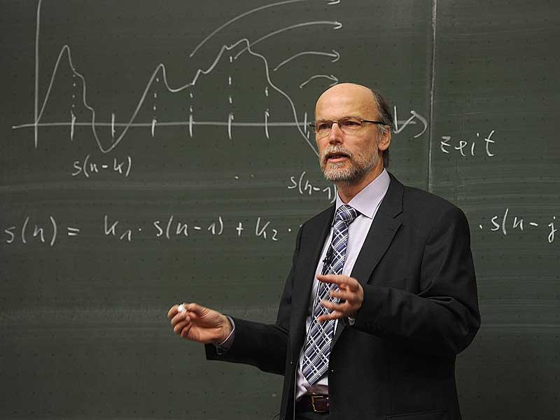 Diese berufseinsteiger verdienen am besten for Physik studium nc