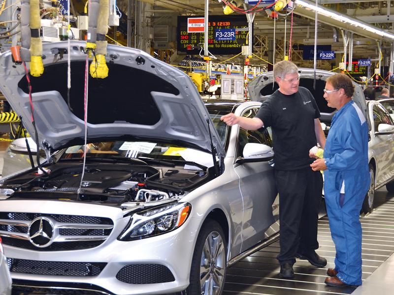 Wie firmen heute noch us arbeitsvisa bekommen for Mercedes benz tuscaloosa